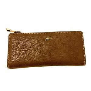 **NWT** ROOTS 73 Brown Leather Wallet women's